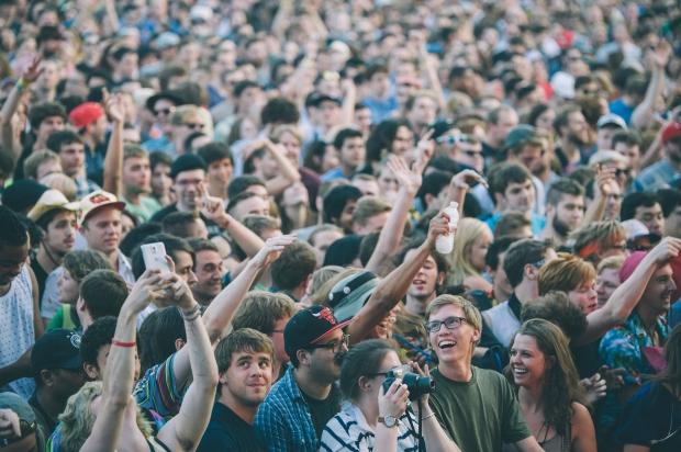 Crowd - Giorgio Moroder