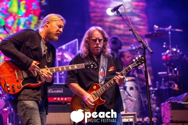 Guitar Gods: Derek Trucks and Warren Haynes
