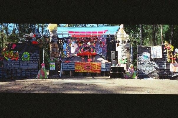 pagoda1998