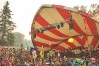 Smoke never stopped Skiitour's set on Thursday at the Amp. Photo: Roco Newson